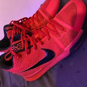 "Nike Kyrie 5 Limited edition ""Candy Apple"""